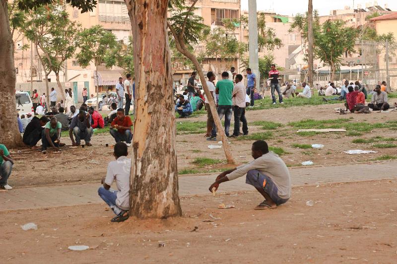African refugees in Levinsky park, Tel Aviv